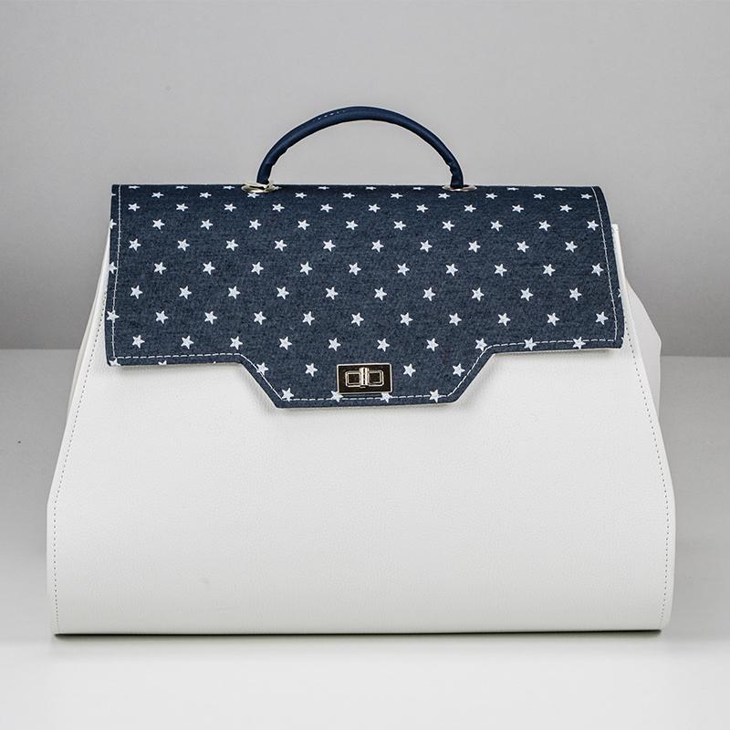 4bd6e31c9a Δερμάτινη τσάντα για βάπτιση σε χρώμα λευκό με μπλε και αστέρια