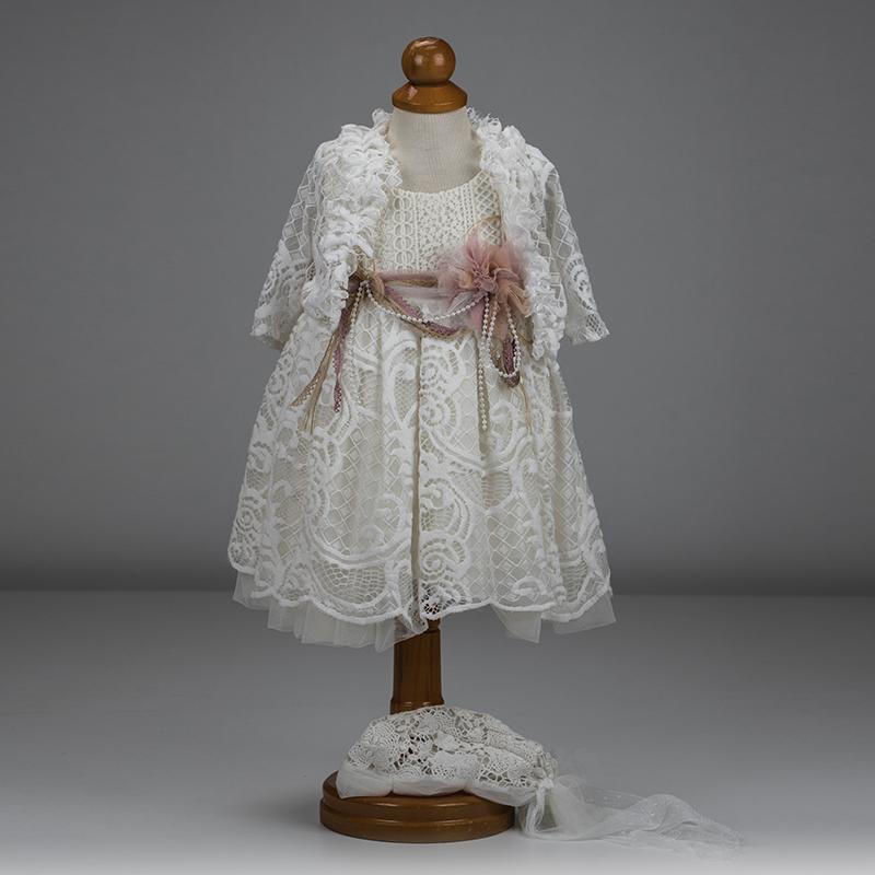 eb9f8c16d9c4 Βαπτιστικό ρούχο για κορίτσι που αποτελείται από φόρεμα